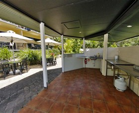 Anchorage Beachfront Island Resort - Accommodation NSW