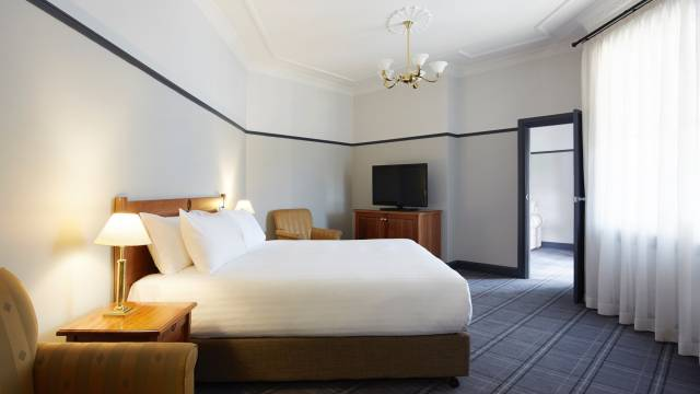 Brassey Hotel - Accommodation NSW
