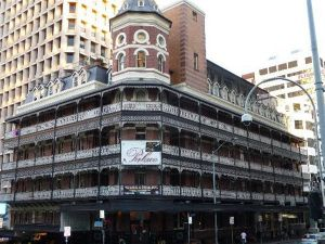 Base Brisbane Backpackers Central - Accommodation NSW