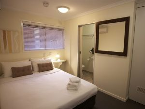 Snooze Inn - Accommodation NSW