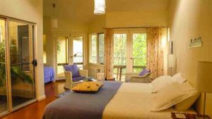 Waterholes Guest House - Accommodation NSW