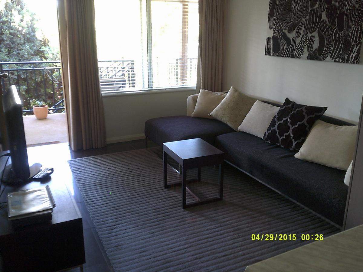Pelican H2O One & Two Bedroom Apartments - Accommodation NSW