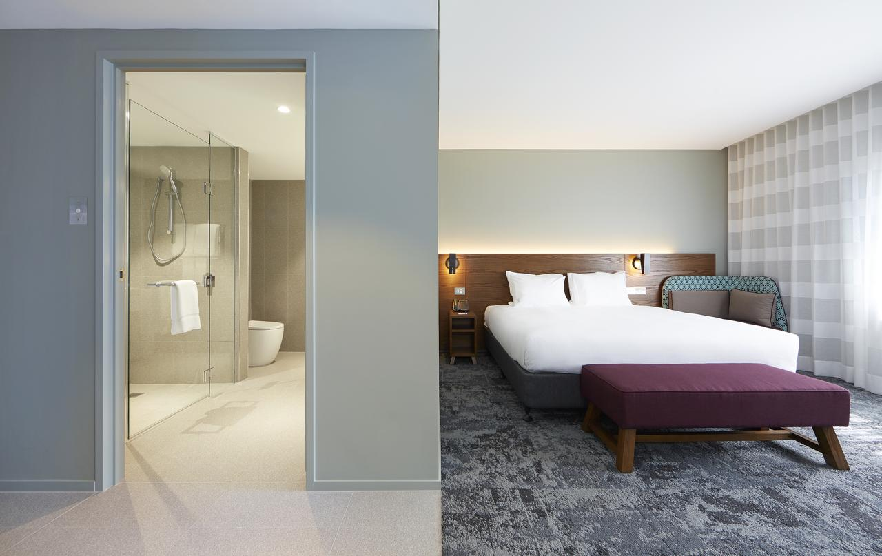Holiday Inn Express Newcastle - Accommodation NSW